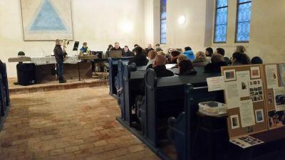 Vystoupení žáka na charitativním koncertě  ze ZUŠ Uhlířské Janovice v Husoveě sboru prosinec 2017